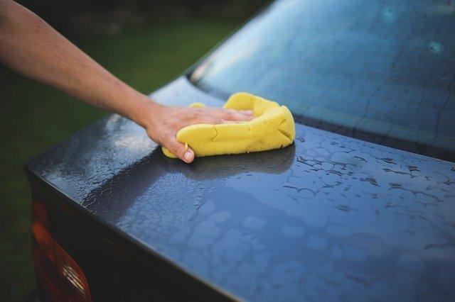 Tipy, jak dokonale umýt vaše auto